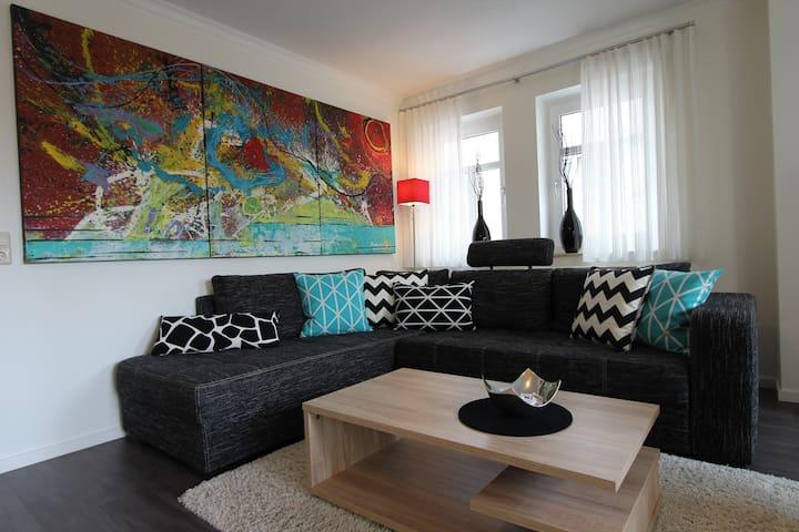 A&M 5-Sterne-Ferienwohnung Buchen - Buchen - Holiday home