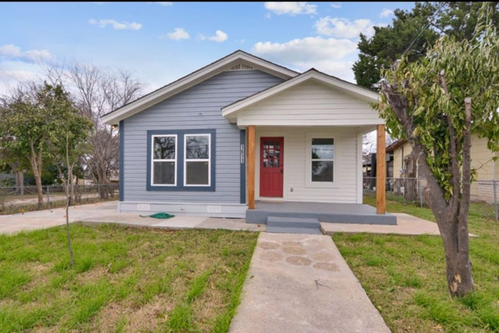 1 bedroom 1 bathroom house minutes from downtown houses for rent in san antonio texas for 1 bedroom house for rent san antonio