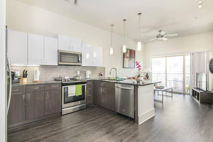 ⭐️ F.A.D - North Dallas Furnished Apartments ⭐️