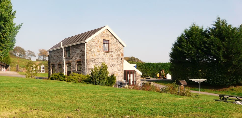 Rural barn conversion - Sir Gaerfyrddin - Hus