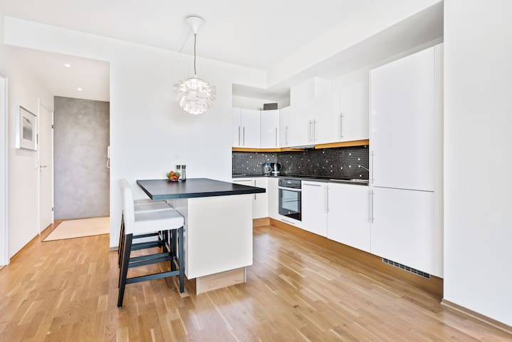 Kitchen - Equipped with dishwasher and everything you need to cook