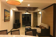 Sunset Seaview 2 Bedrooms Spa Suite with Jacuzzi (4 pax)