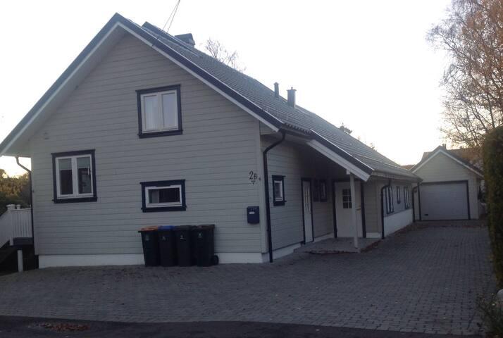 Eget bad & rom m/ dobbeltseng for 2 - Nøtterøy - Apartment
