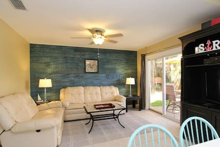 Private Beach Access | Free Parking | Heated Pool - Miramar Beach