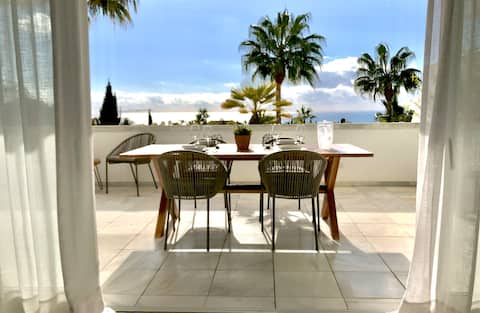 Gorgeous apartment in Bahia Real, Marbella