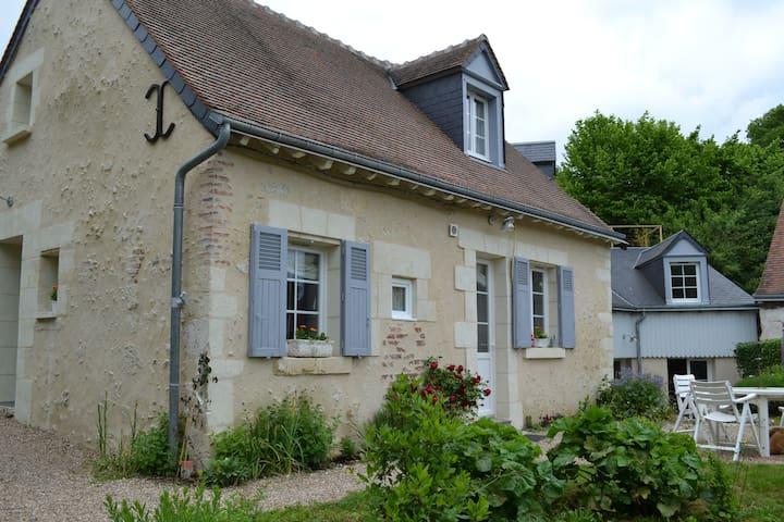 Amboise maison de campagne - Saint-Ouen-les-Vignes - Hus