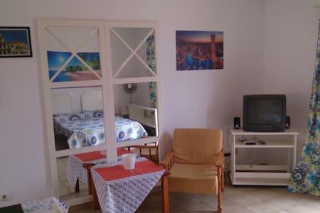 Diversión y playa - Appartement