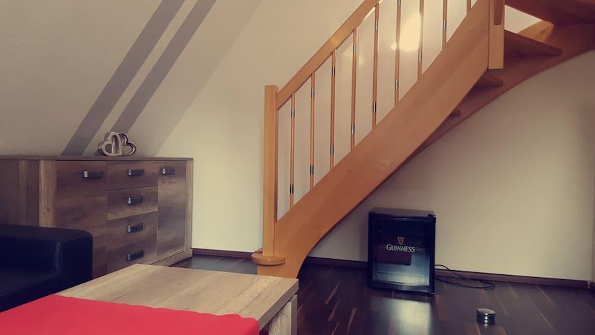 Die Treppe in die obere Etage.