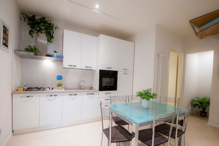 Lovely near the tower with parking - Pisa - Apartemen