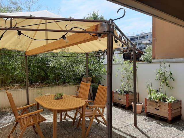 Appartement avec terrasse à Carouge
