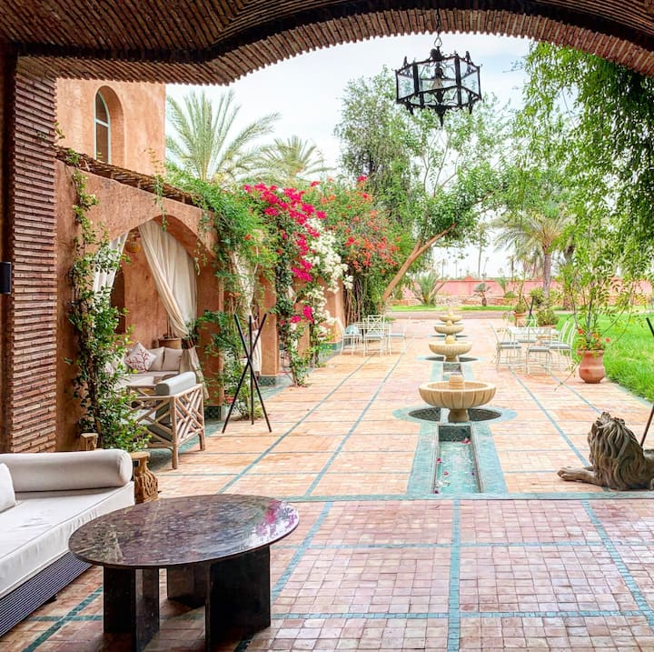 Jenan Mayshad- Garden rooms for a peaceful stay