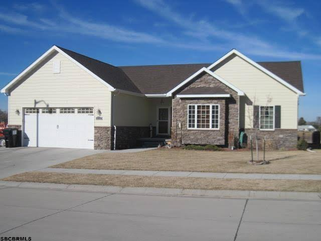Scottsbluff Home with attached garage