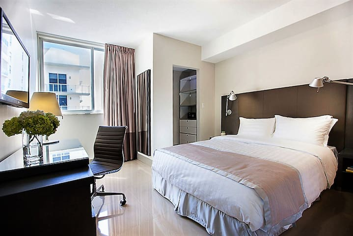 Remarkable Two Bed at Stay Alfred Brickell