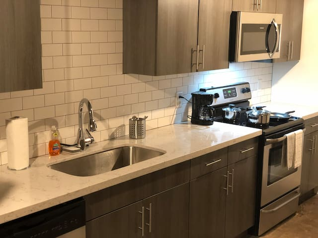 Brand new granite counter tops with stainless steel appliances!