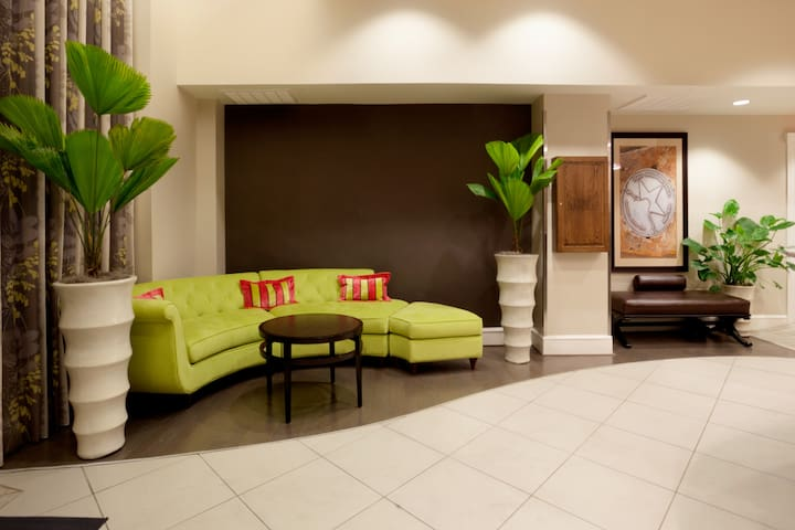 Welcome to our modern and inviting lobby featuring 24 hour Keurig coffee.
