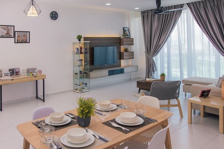 Modern Stylish Cozy Home 8Pax@BM KOTA PERMAI 精品寓所