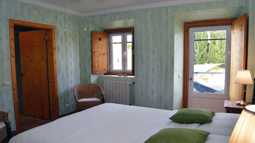 Verde 2p room
