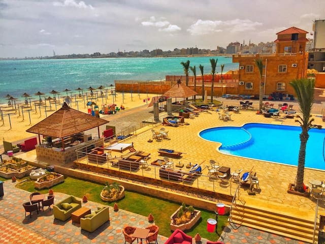 Marsa Matroh Best chalets with Pool & Beach Access