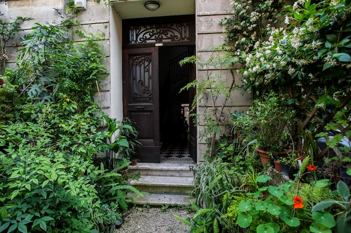 Trastevere The secret garden
