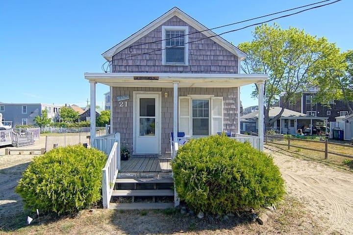 Cottage on Hampton's Island