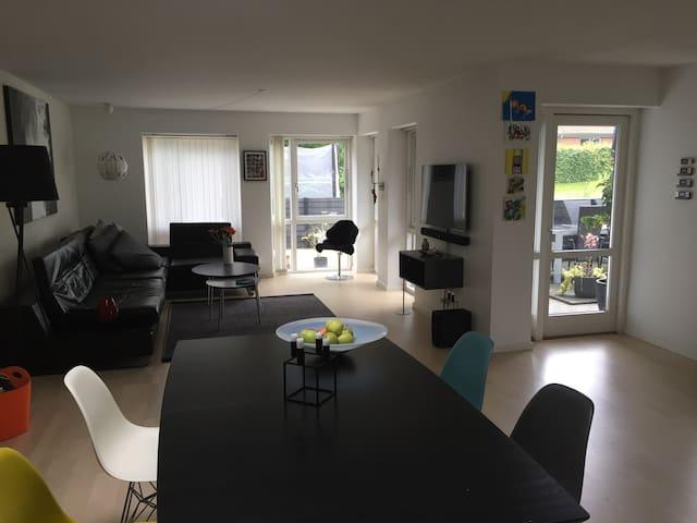 Lækkert hus uden for Århus i en idyllisk by