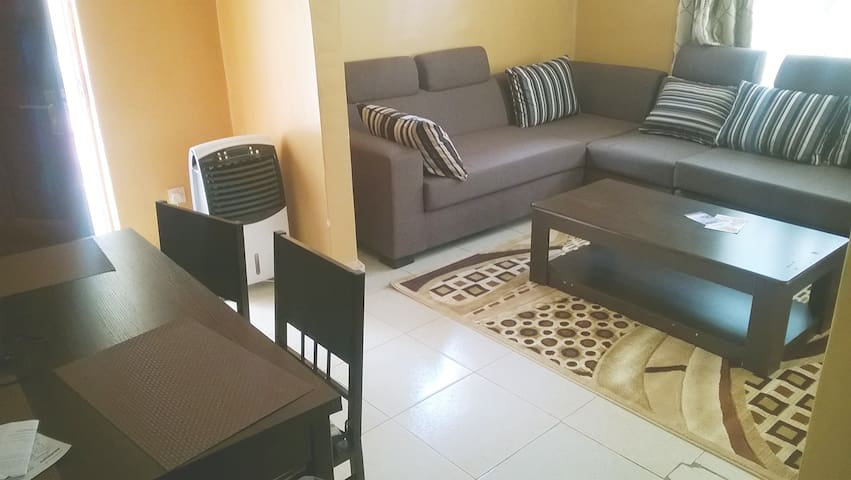 Fully serviced One-bed Apartment - Kampala - Daire