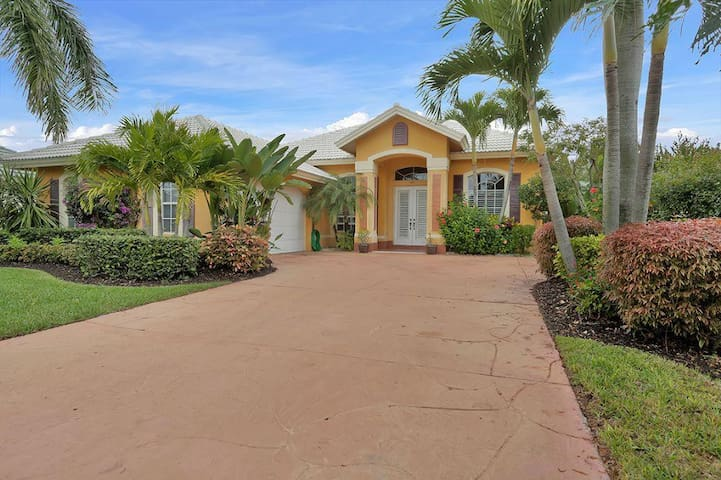 Spacious home with private pool and spa - North Naples - Lainnya