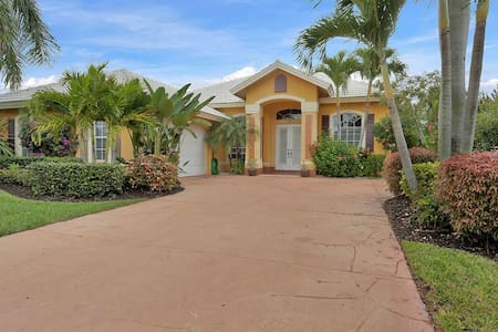 Spacious home with private pool and spa - North Naples - Egyéb