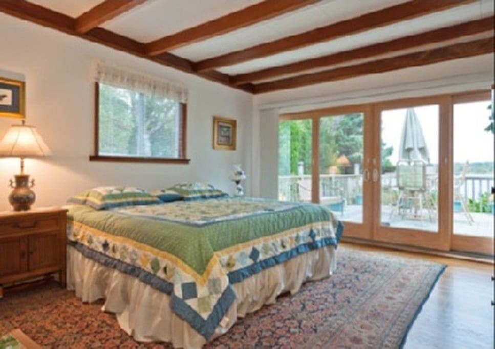 Available room overlooking Cold Spring Pond