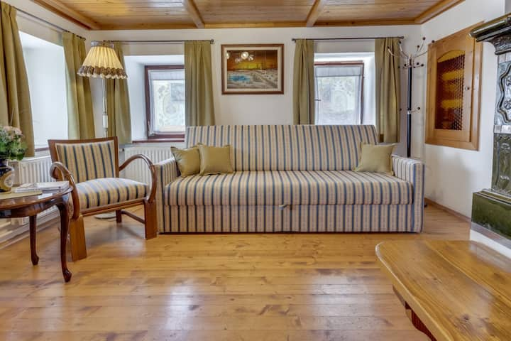 J&M Lake Bled ★ Renovated ★ Rustic Holiday Home
