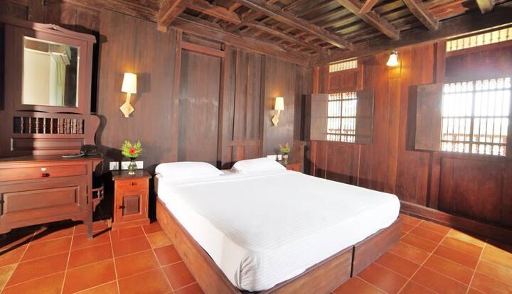 Kingfisher Room| Luxury 1BR near Vembanad Lake