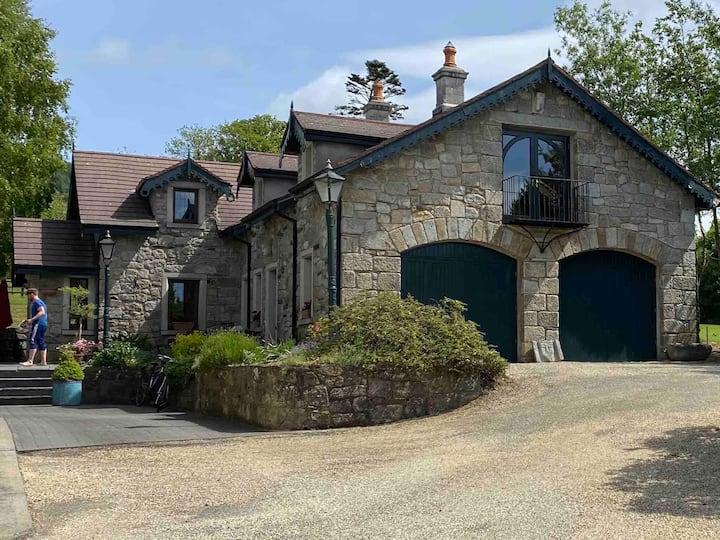 Kilranelagh Lodge home in a mountainous paradise.