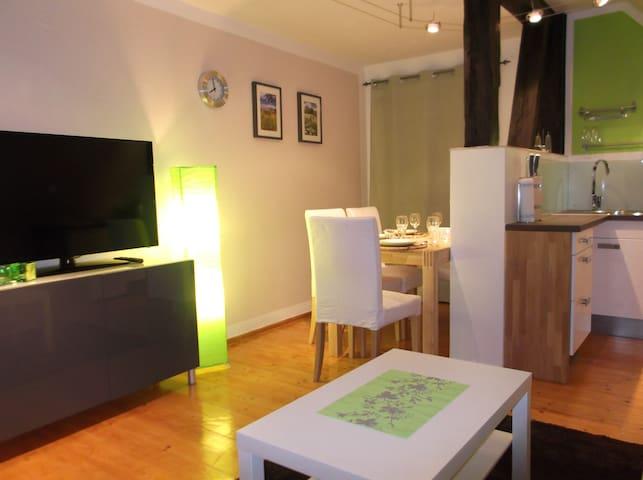 Sommergutshaus Ferienwohnungen - FeWo Apfelwiese - Netzeband (Temnitzquell) - Apartamento