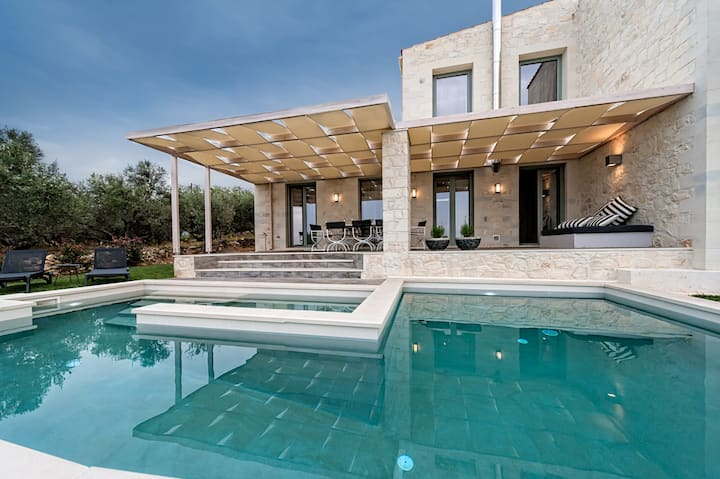 *The Best Selling Villa in Crete Island *