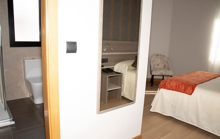 Double room-Private Bathroom-Uso individual