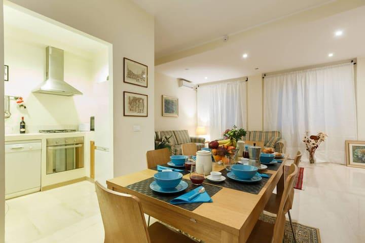 BIG! Vatican Rent Apartment (130mq)