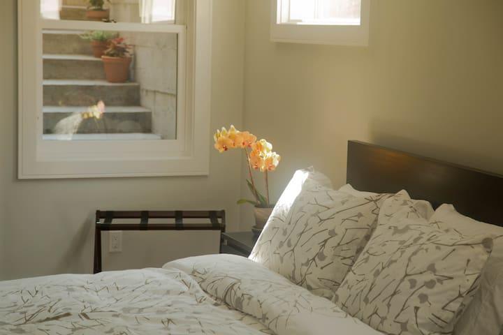 One queen-size bed in a quiet master bedroom