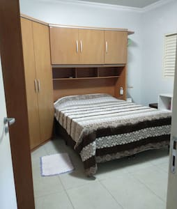 Suite, Cama Casal, Confortável e Arejado
