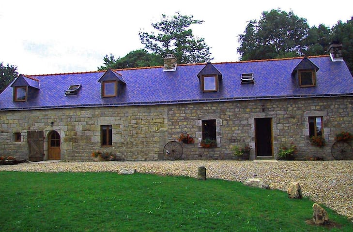 Poppy & Rose -traditional gites in rural Brittany - Ploërdut - Vakantiewoning