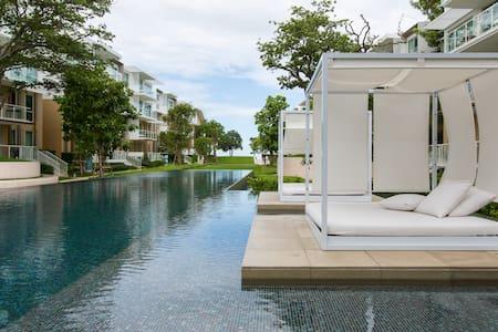 1BR Luxury condo, beach front area - Tambon Nong Kae
