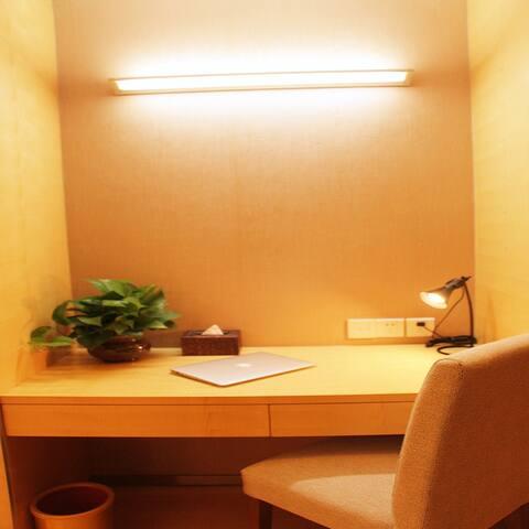 滨海国际机场皇冠公寓不限电每日一间特惠大床房