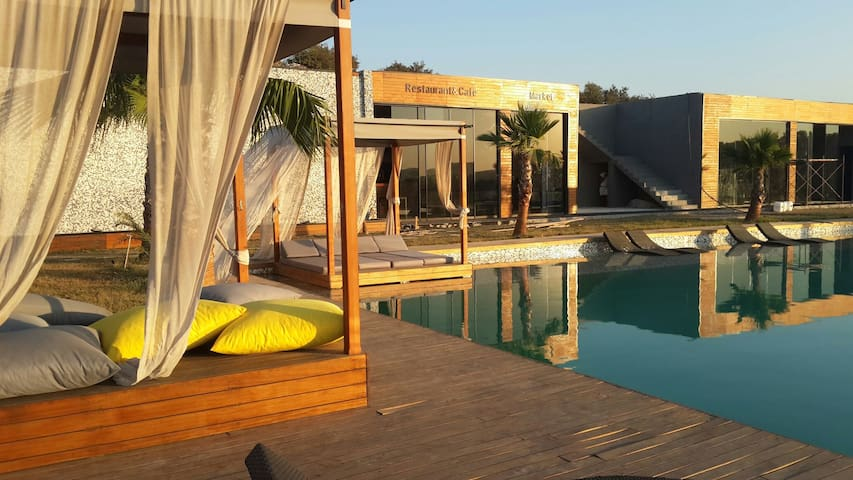 B Modern Concept&Suite's - Güvercinlik Köyü