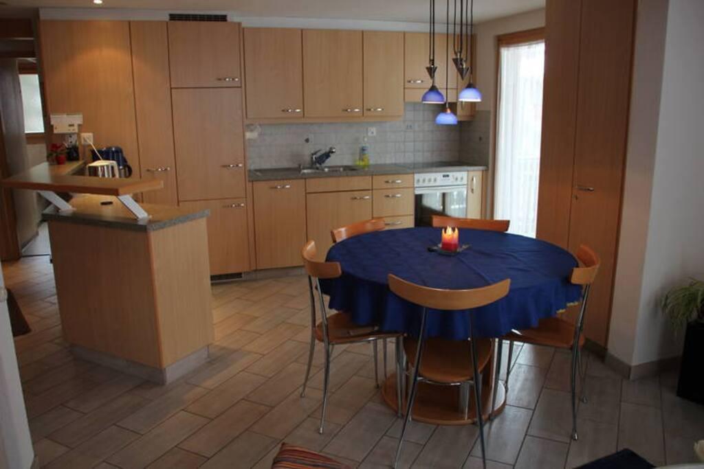 Wohn - Esszimmer Living - Dining Room (Photo 2)
