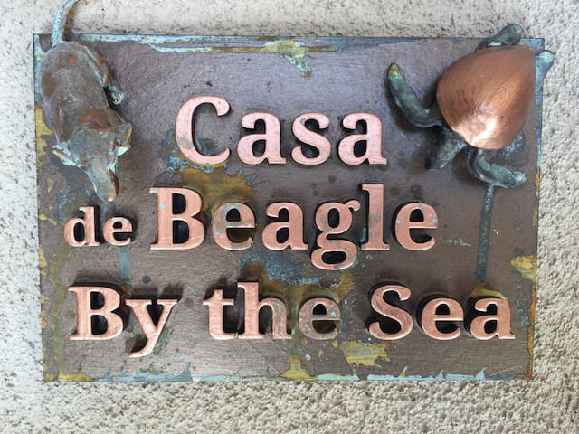 Casa de Beagle by the Sea-2 priv bdms/1 bth/lounge