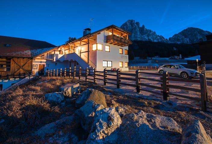Cesa Pana Mountain Lodge B - Two Bedroom apartment - Santa Cristina Valgardena - Apartamento