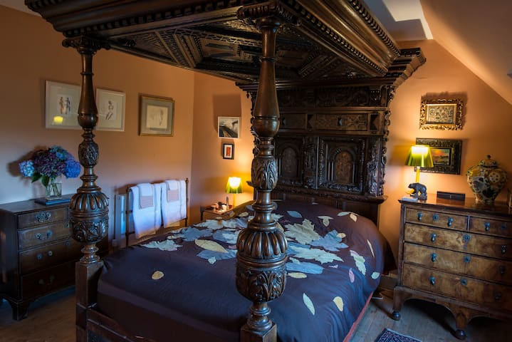 The Tudor Room, Ard Daraich - Corran - Bed & Breakfast