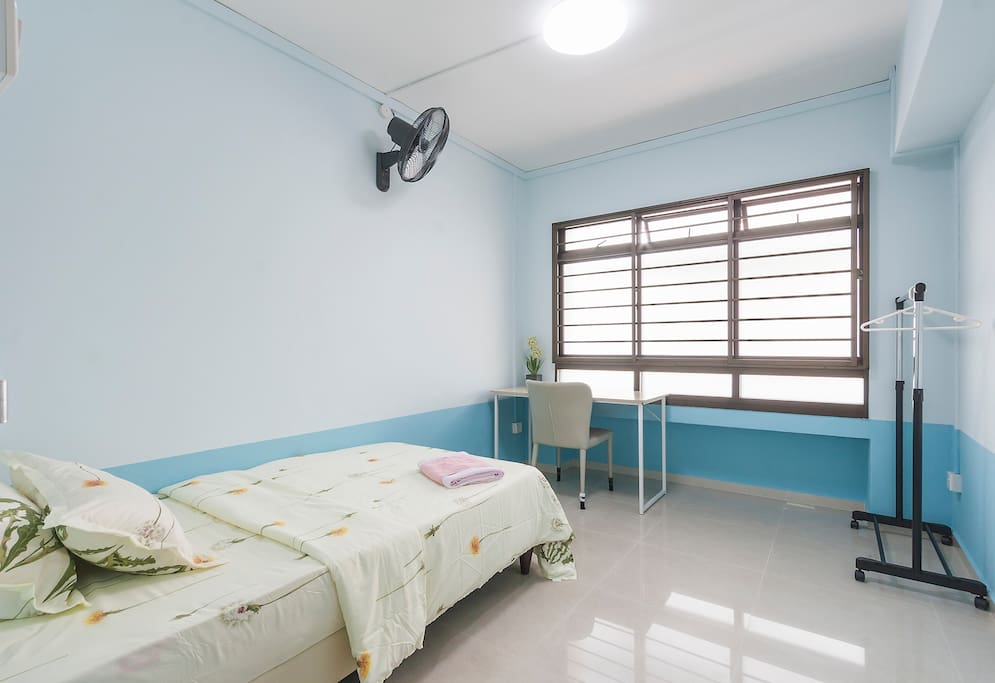 Pioneer Mrt Share Room For Rent