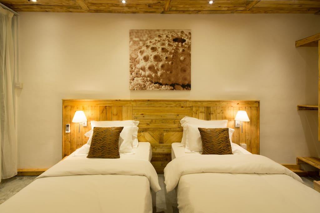 Room Frangipane