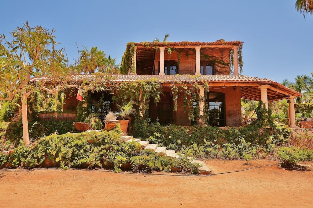 Casa Grande. The main house.  Two bedroom.  Normally 190/nt.