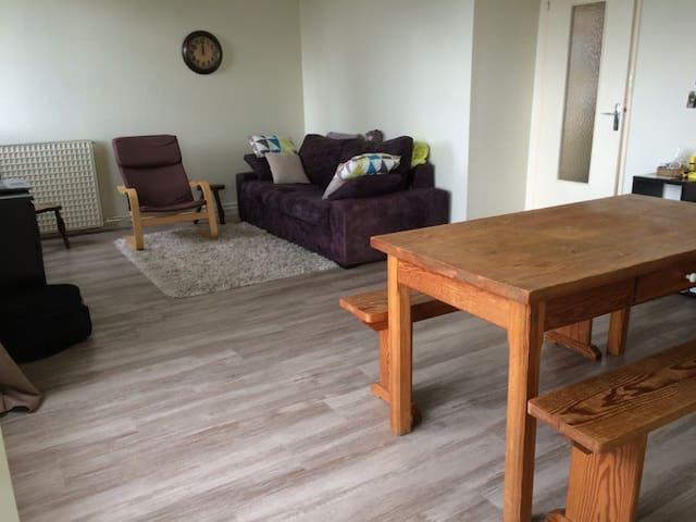Location appartement petit budget - Saint-Brieuc - Byt